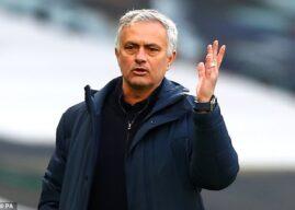 Tottenham dismisses Jose Mourinho